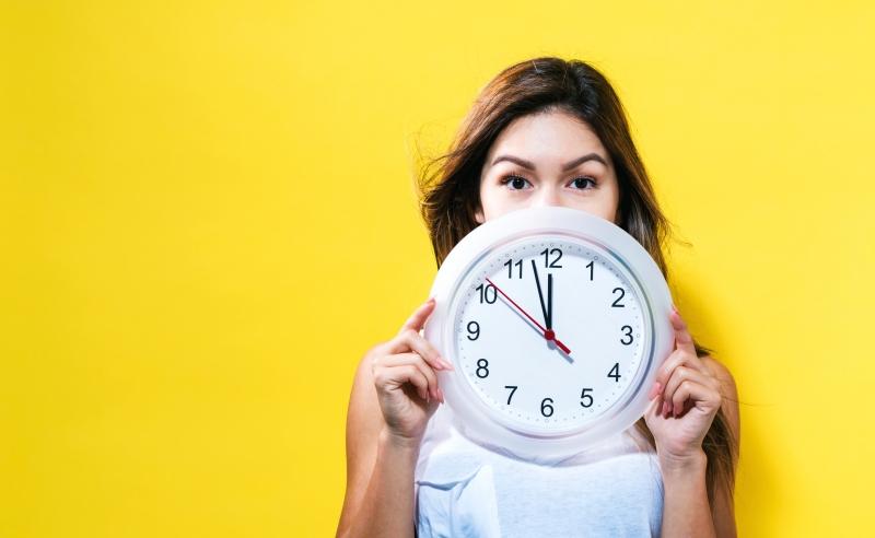 Kvinnor tveksamma till att ifrågasätta deadlines?