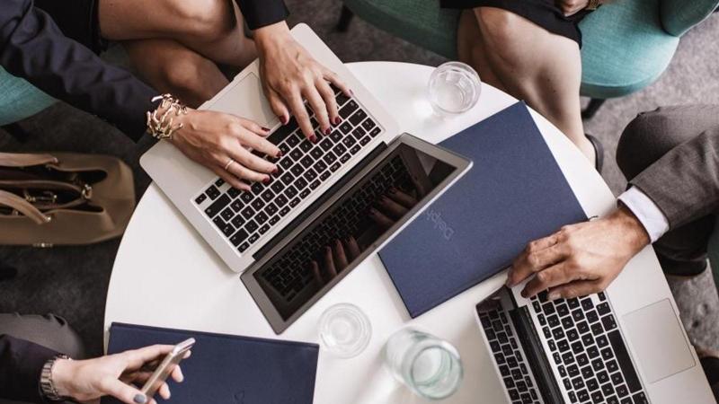 Försäljning online – detta behöver du tänka på för att undvika juridiska minor