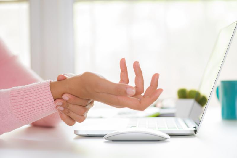 5 ergonomitips när du jobbar hemma och en värktablettguide