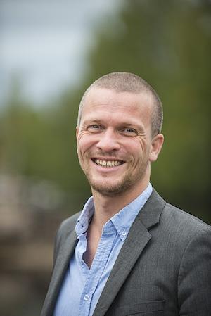 Richard Mårtensson konstaterar att den privata sektorn kommit betydligt längre än den offentliga när det gäller den psykosociala arbetsmiljön.
