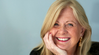 Lena Gustafsson hjälper företag att jobba med affärer och psykologi.