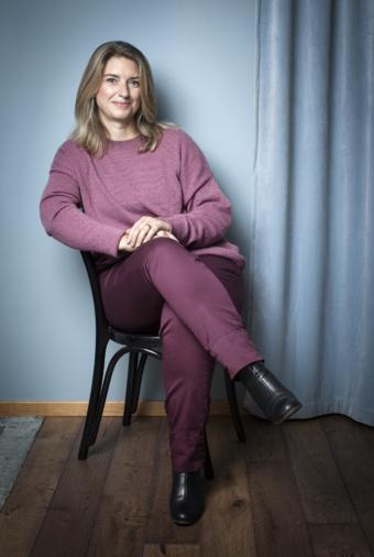 Annika Telléus menar att minst lika viktigt som att lyssna på andra är att lyssna på sig själv. Foto: Caroline Andersson
