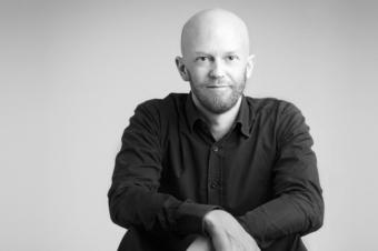 """Joakim Ahlström har skrivit """"Handlingsstark – så maxar du ditt och andras engagemang""""."""
