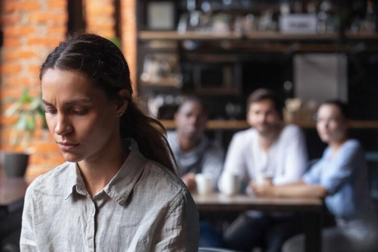 Större risk för utlandsfödda att bli mobbade på jobbet