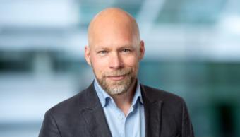 Mattias Axelson som forskar kring innovation på Handelshögskolan i Stockholm.
