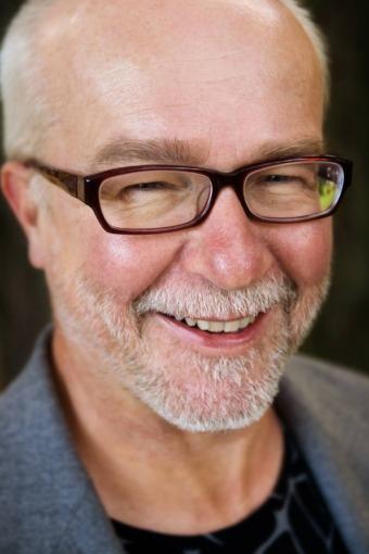 Tomas Dalström är författare och intresserad av hur hjärnan kan fungera effektivare.