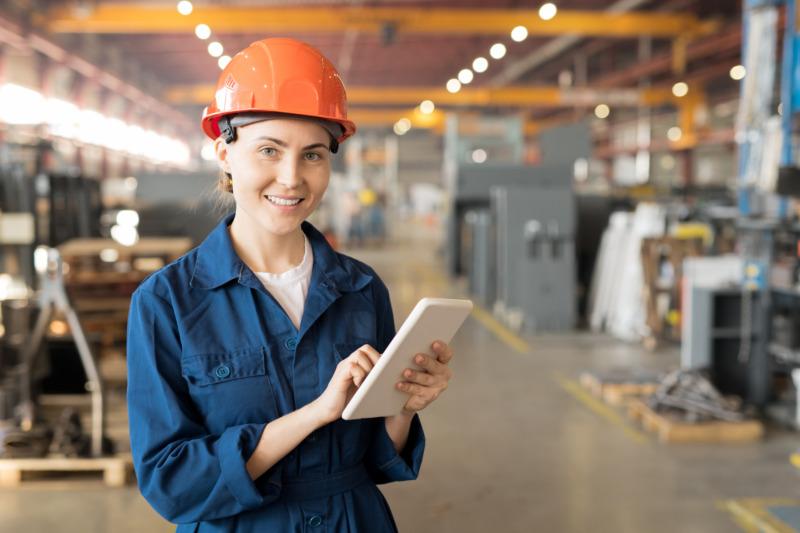 Unga känner sig mer trygga på arbetsmarknaden