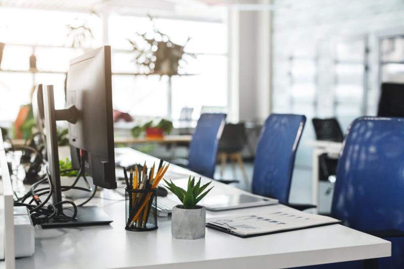 Hälften kan tänka sig arbetsplatser utan kontor