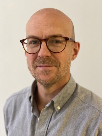 """Mikal Björkström är leg. Psykolog med OBM-inriktning och en av författarna till """"Förändringens fem fallgropar""""."""